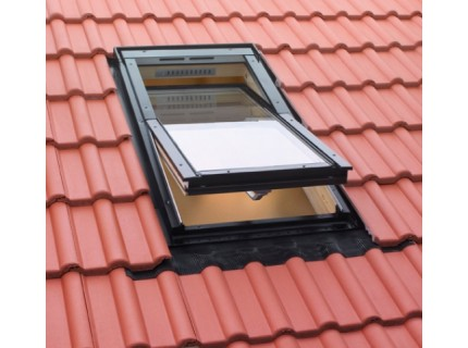 Окно FAKRO FTS-V U4 базовая модель с 2-камерным стеклопакетом